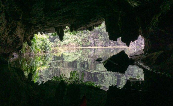 Höhle in Trang An, Ninh Binh