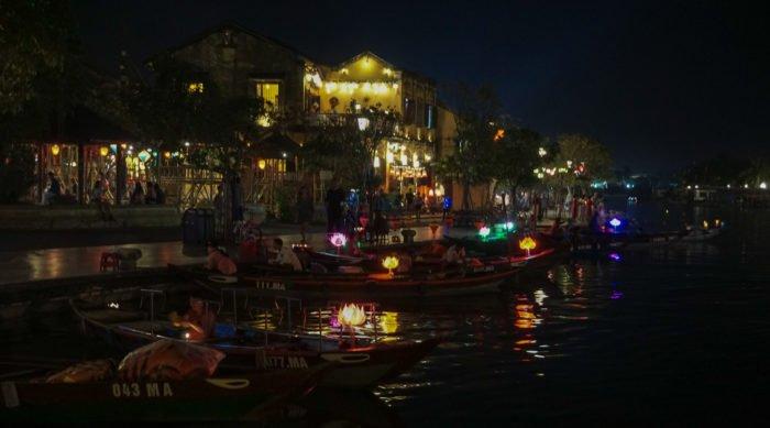 Abendstimmung am Fluss in Hoi An