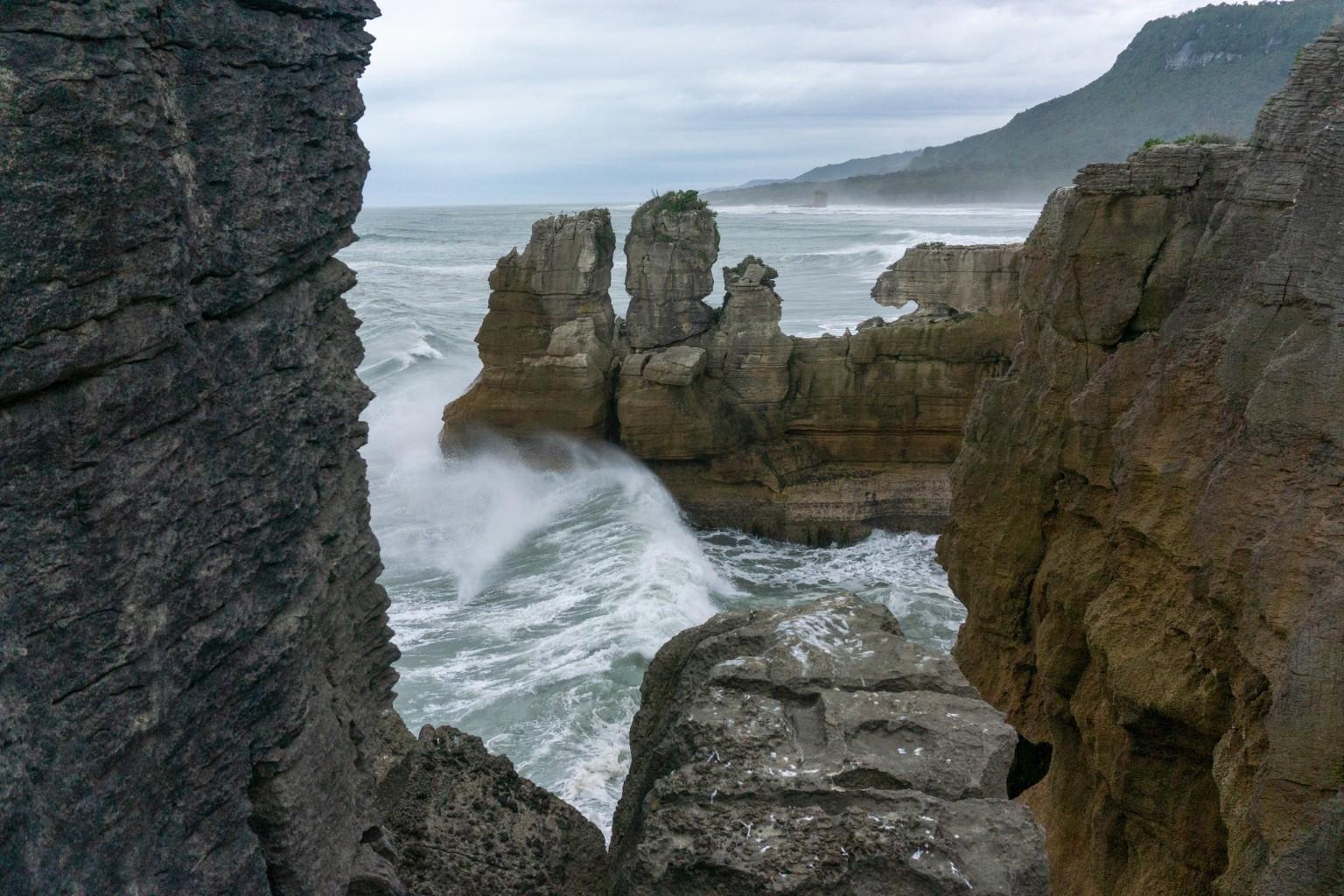 Wellen bei den Pancake Rocks