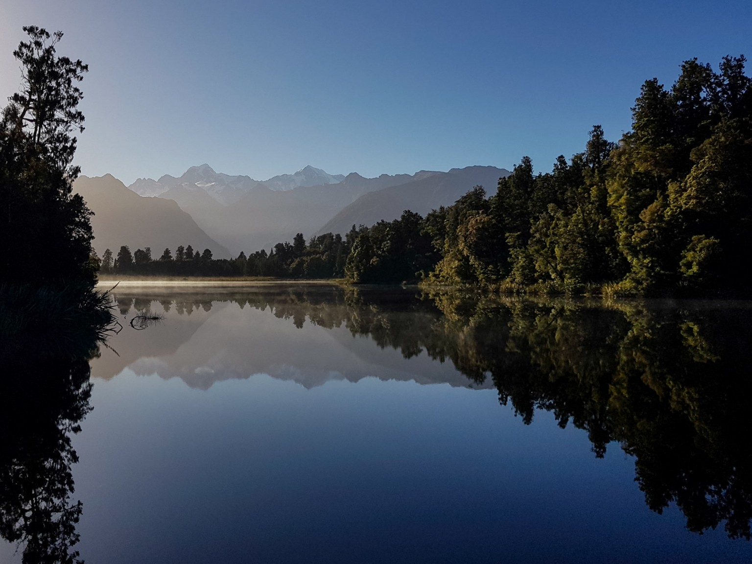 Morgendliche Stimmug am Lake Matheson
